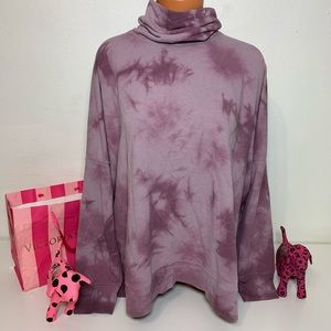 PINK VS TIE DYE LOGO TURTLE NECK TUNIC
